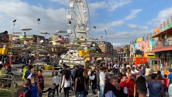 "Paulaner Oktoberfest Cuneo | spazio per ""La vetrina più bella"""