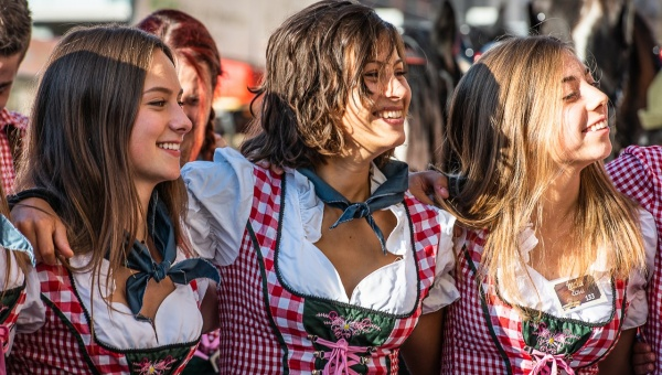 Oktoberfest Cuneo 2018 parata e inaugurazione