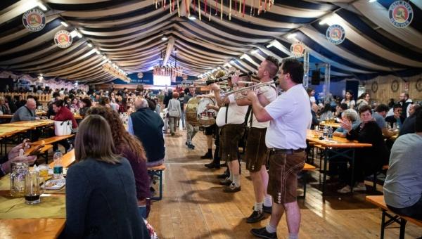 Nuovo record per l'Oktoberfest Cuneo